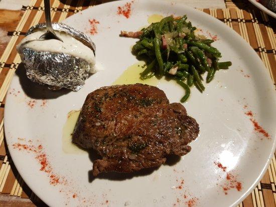 Petra, Spain: Ca N'Oms Bar & Restaurant