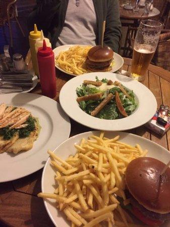 Kolin, Tsjekkia: Fette Burger - Fette Pommes