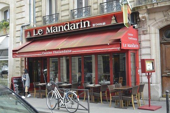 Saint Germain Mandarin: La devanture du restaurant