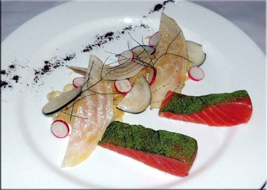 Pierre-Perthuis, France: salmon ap