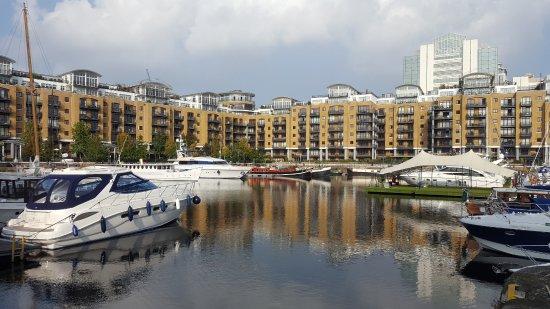 St. Katharine Docks: appartamenti e barche