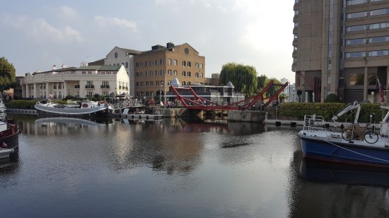 St. Katharine Docks: particolare