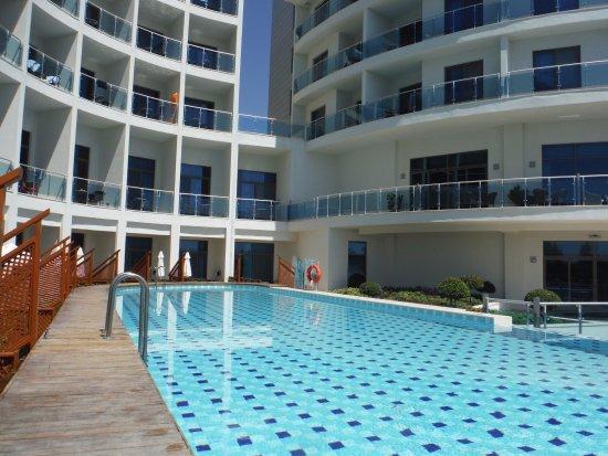 Commodore Elite Suites & Spa: Pool Access Room