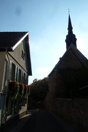 Zehnthof und Papiermuseum in Gleisweiler
