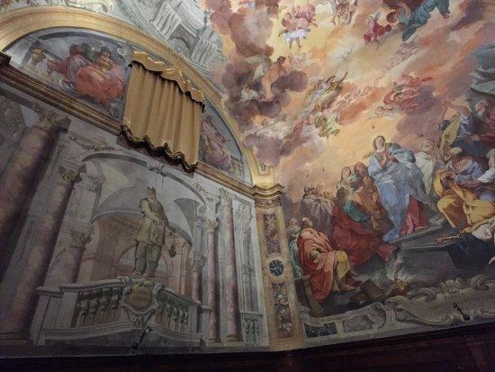 Volta chiesa di san leone pistoia f nyk pe tripadvisor for Chiesa di san leone pistoia