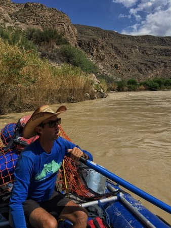 Angell Expeditions: Nice 2400 cfs flow on the Rio Grande!!!