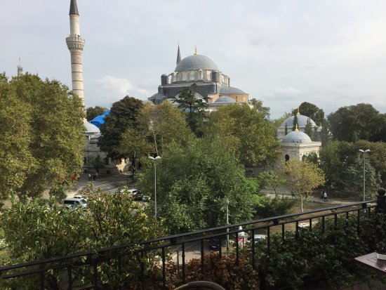 Hotel Beyaz Saray: View from the breakfast room at the Saray hotel