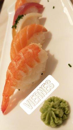imagen Hokkaido Sushi Bar en Santander