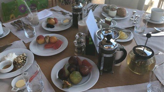 Sani Asterias: Breakfast