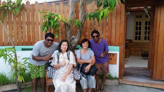 Guraidhoo: Equity beach inn feel the home when your abroad