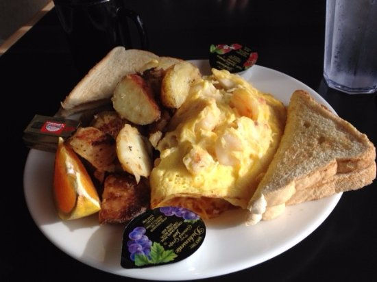 Schooners: Seafood omelet with breakfast potatoes and toast