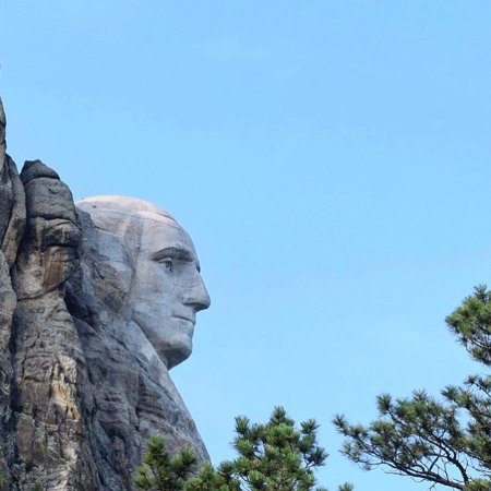 Photo of Mount Rushmore National Memorial in Keystone, SD, US