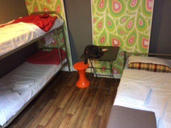 Woodstock Hostel: photo0.jpg