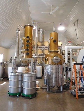 Rollo Bay, Canada : The distillery