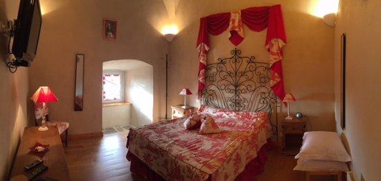 hotel de l 39 echo la chaise dieu france voir les tarifs 42 avis et 12 photos. Black Bedroom Furniture Sets. Home Design Ideas