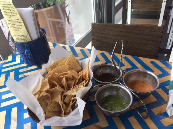 Oak Creek, WI: Chips and 3 salsas