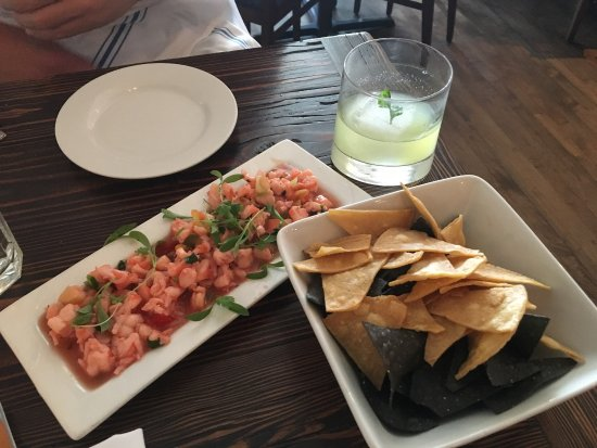 La Cosecha Bar + Restaurant: photo1.jpg