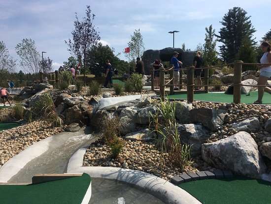 Hooksett, Nueva Hampshire: Mini Golf like never before!