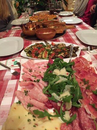 Retzbach, ألمانيا: Pizzeria Puglia