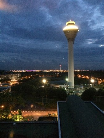 Sama-Sama Hotel KL International Airport: View from Club Lounge