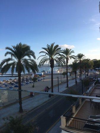 Great beachside hotel