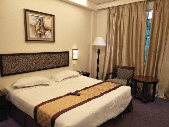 Golden Lake Muar Hotel