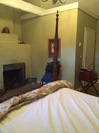 Locust Dale, VA: View of room from bed, bathroom is next to the fireplace