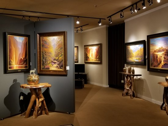 The Signature Gallery
