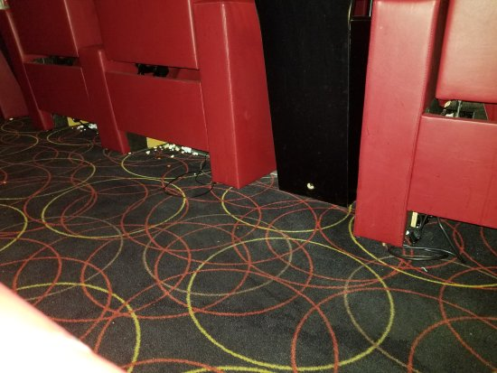AMC Dine-In Theatres Menlo Park 12: 20171007_125057_large.jpg