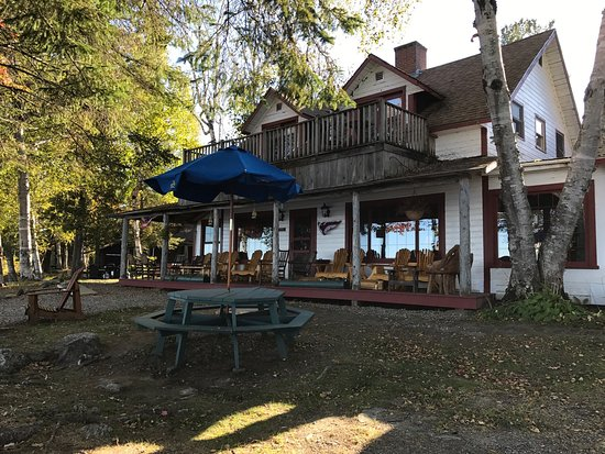 Rockwood, เมน: The Birches on Moosehead Lake in Maine. This is a family owned resort on a natural preserve hugg