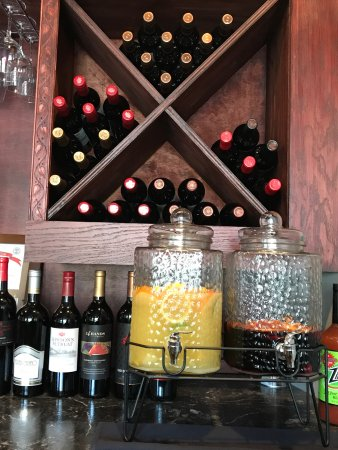 Kodak, TN : GrapeX is a casual wine bistro located next to the Chop House and Bass Pro Shops off I-40 exit 4