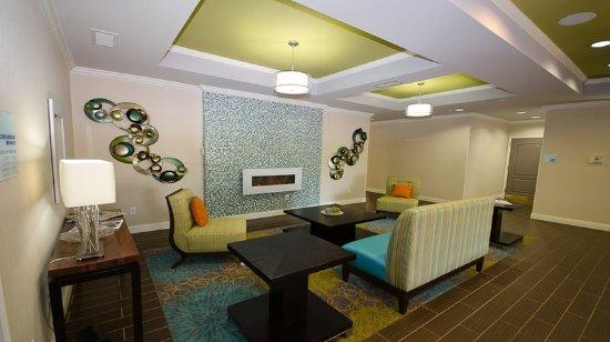 LaGrange, GA: Guest Lounge