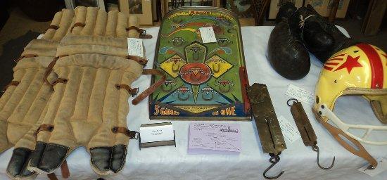 Περθ, Καναδάς: Gore St. Antique Market Perth Ontario Lanark County 147 Gore St. E
