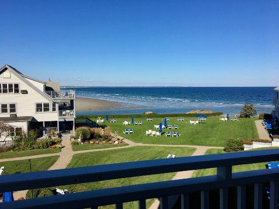 The Beachmere Inn: Deck view near low tide.