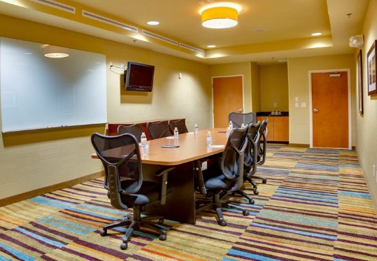 Fairfield Inn & Suites Melbourne Palm Bay/Viera: Executive Boardroom