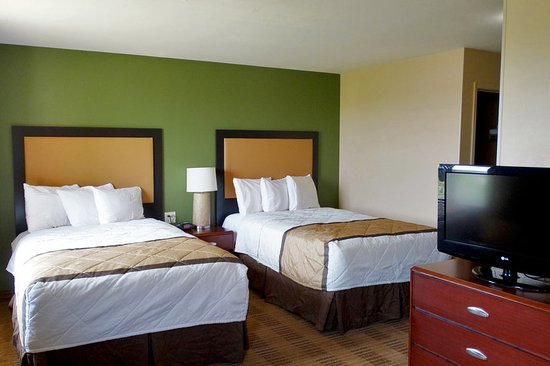 Stafford, TX: Superior Studio - 2 Full Beds