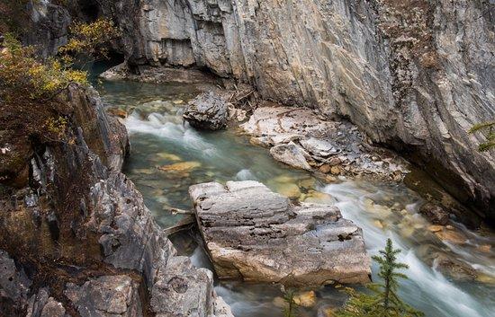 Kootenay National Park, Canada: Marble Canyon Stream near the Exit