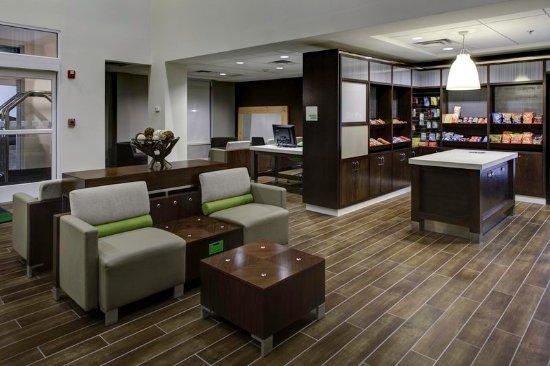เบรนต์วูด, เทนเนสซี: Enjoy the 24-hour lobby social space, business center and market.