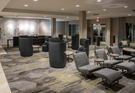 Clifton Park, Estado de Nueva York: Lobby