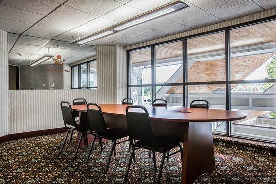Montpellier, VT: Vt Boardroom