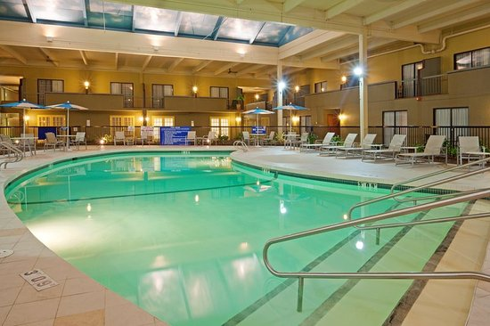 Mansfield, MA: Enjoy a relaxing swim in our Salt water swimming pool