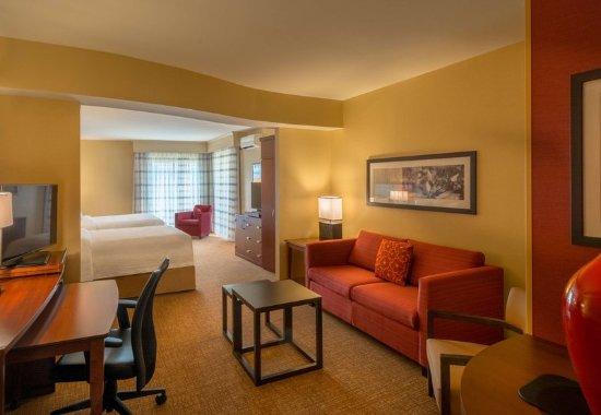 Charleston, Batı Virjinya: Extended Queen/Queen Guest Room