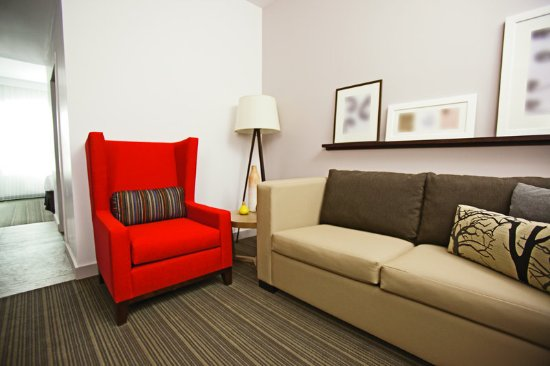 Country Inn & Suites Fond Du Lac Suite