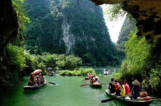 Hoa Lu Trang An Full Day Tour with...