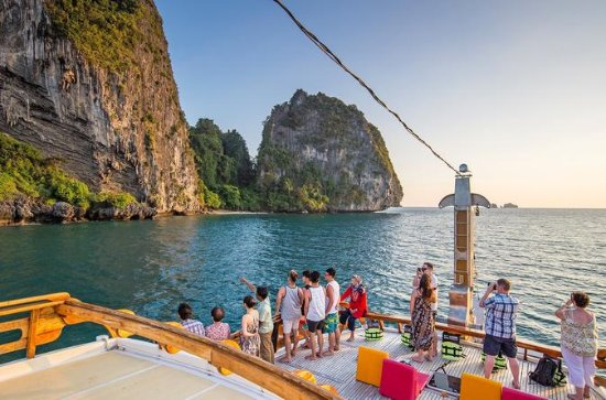 MY Lalida Sunset Dinner Cruise a Krabi