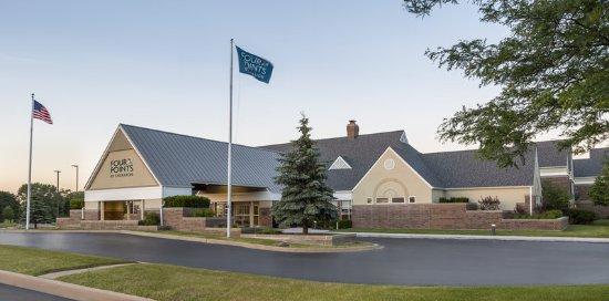 Buffalo Grove, IL: Front Exterior