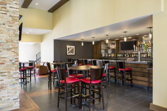 Buffalo Grove, IL: Harry's Bar