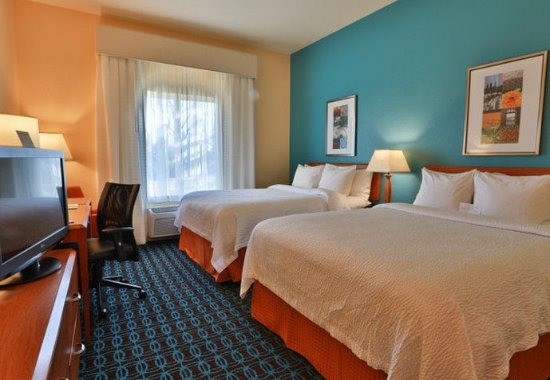 Burlington, WA: Queen/Queen Guest Room