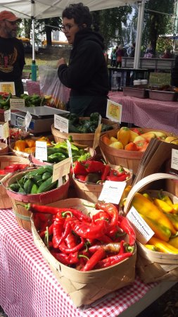 Portland Farmers Market: Pepper stand at the Farmers Market in Portland