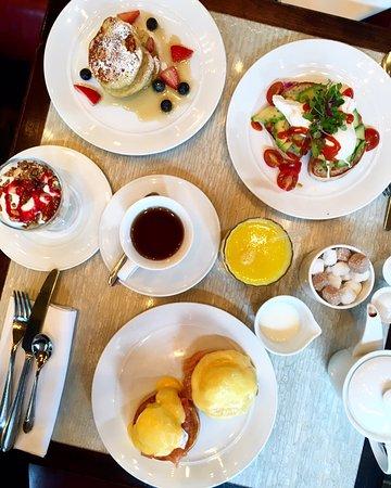 Tuttons Brasserie: Avocado toast, eggs Benedict, pancakes